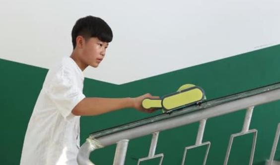 安徽省の少年、「階段上りの神器」を発明