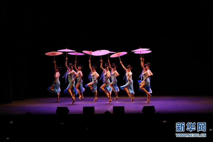 「歓楽春節」巡回公演がキプロスで上演