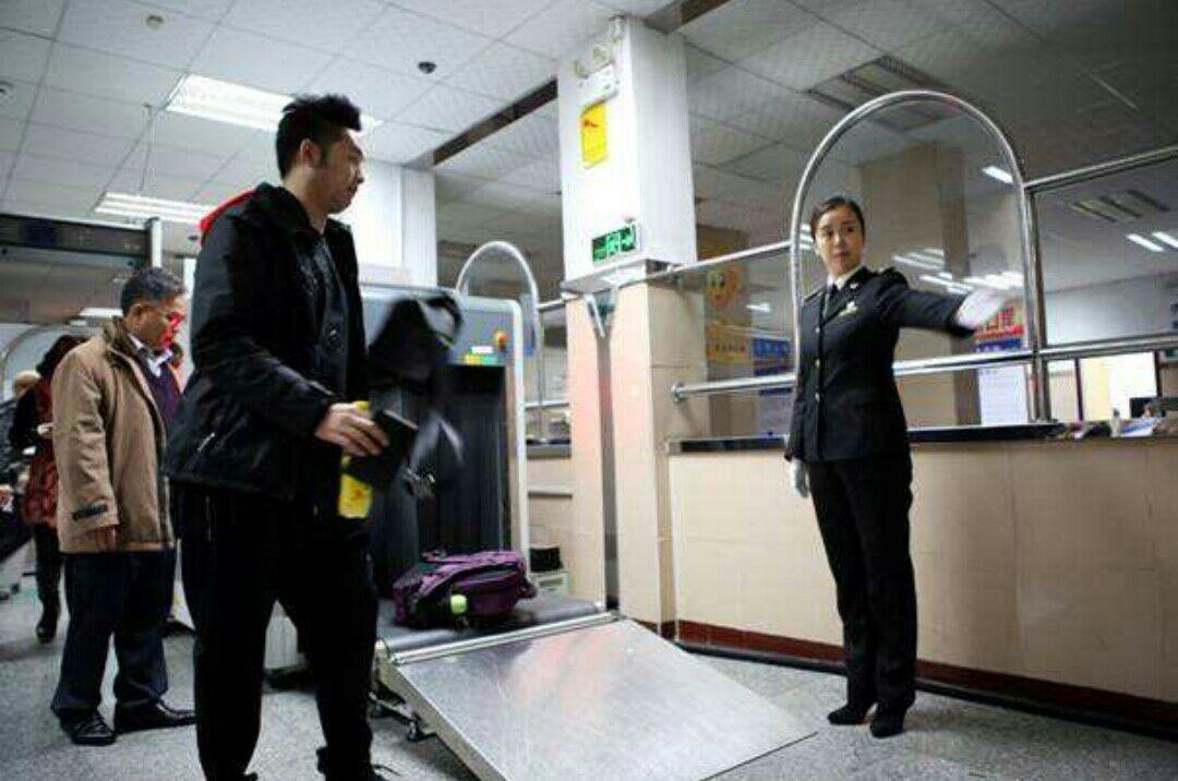 端午節以降は中国人の出入国手続きが30分以内に