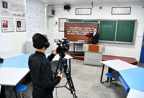 集中力が最も高いのは中国の高校生 中・米・日・韓の高校生調査