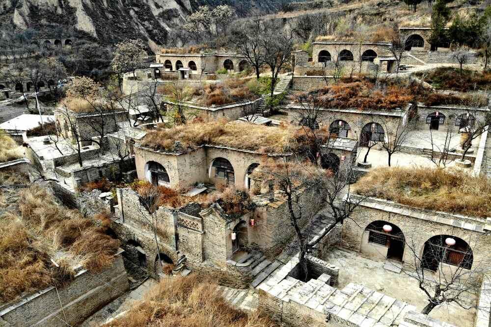 陝西省北部で最大の洞穴式住居群を訪ねて